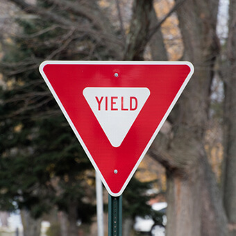 yield parking signage regulations