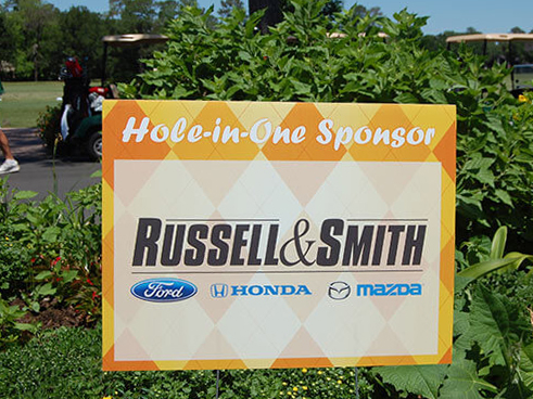 golf-sponsor-signs-hole-in-one